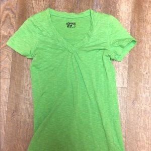 Koppen green v neck stretch t shirt small